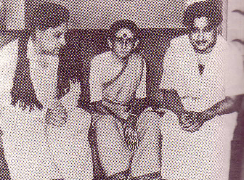 MGR with Sivaji Ganesan and his mother Rajamani