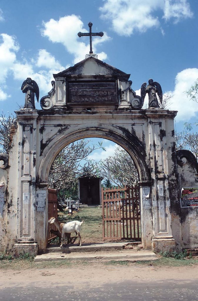 Church destroyed Negombo 1987