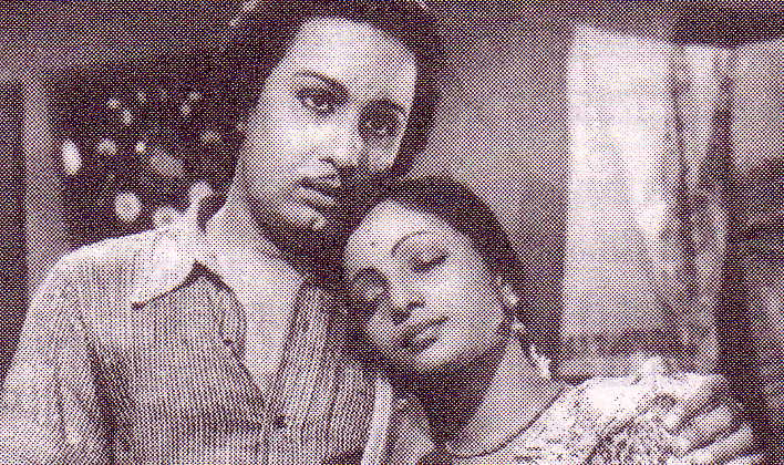 MGR and E.V. Saroja in 'Yen Thangai'