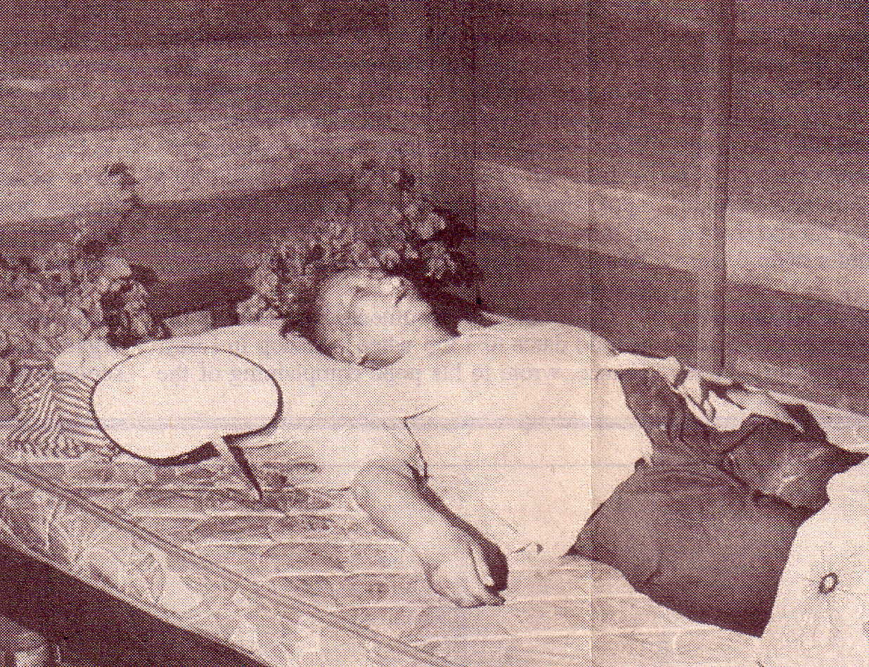 Pol Pot's corpse in 1998