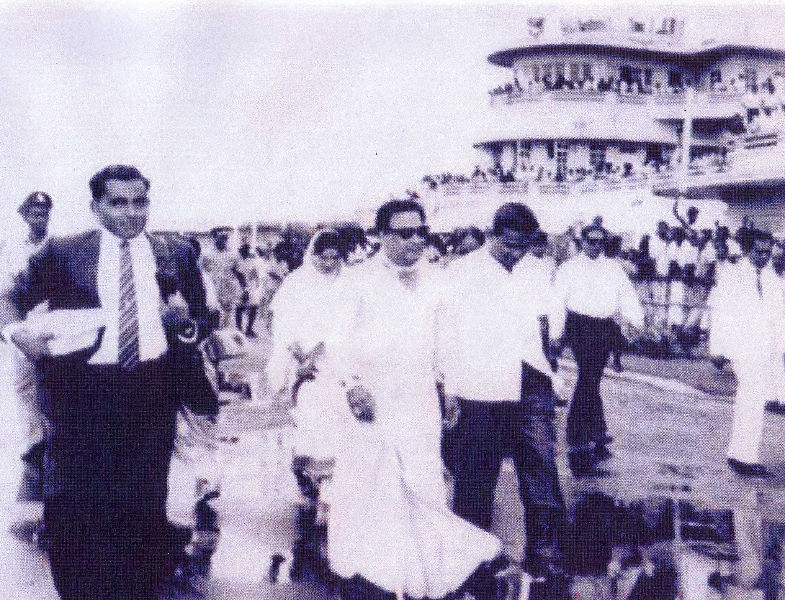 MGR in Ratmalana 1965