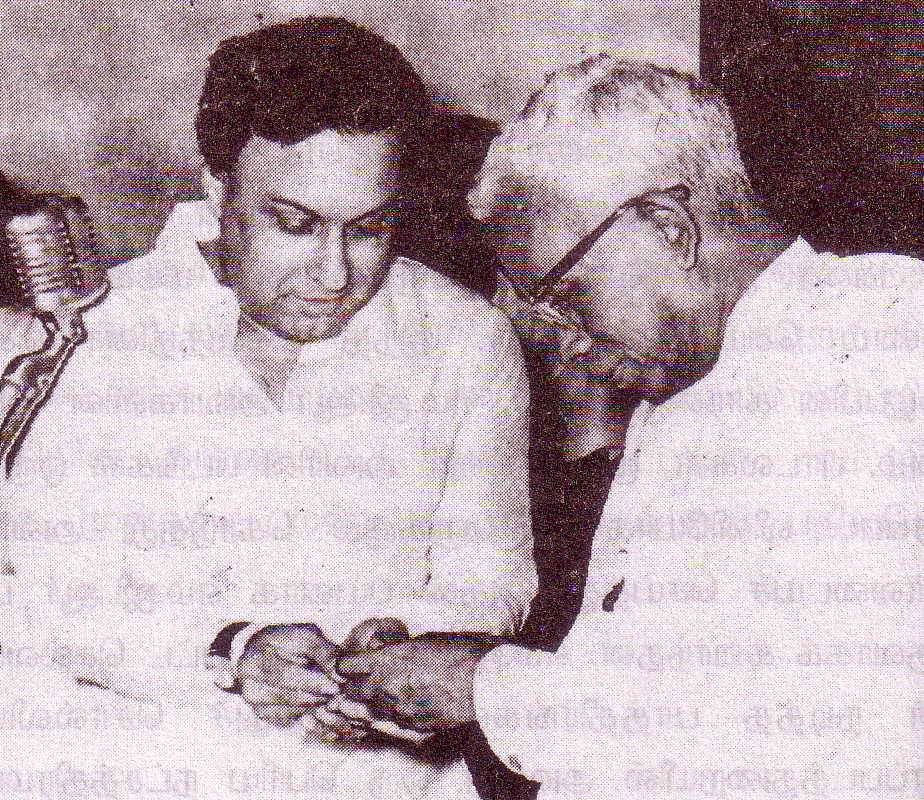 MGR with Congress Chief Minister M. Bhakthavathsalam (circa 1966)